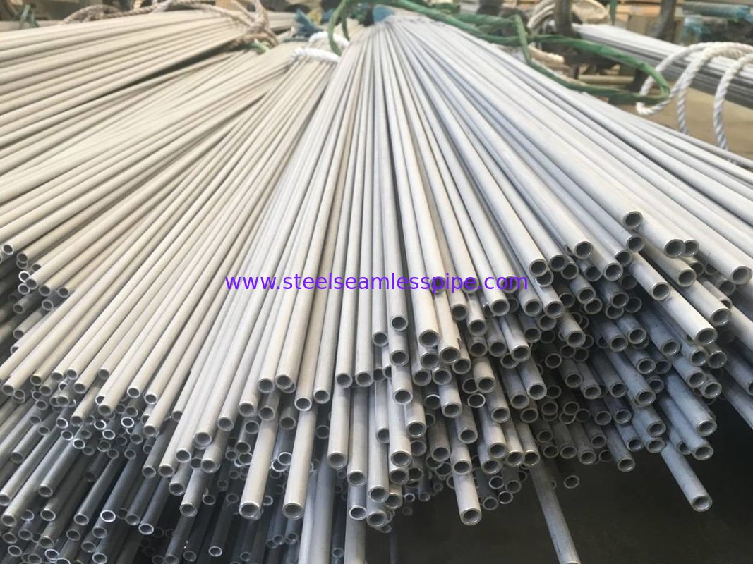 EN10216-5 1.4301 1.4307 Stainless Steel Seamless Tube Pickled / Solid And Annealed